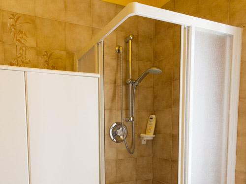 doccia bagno appartamento vacanze